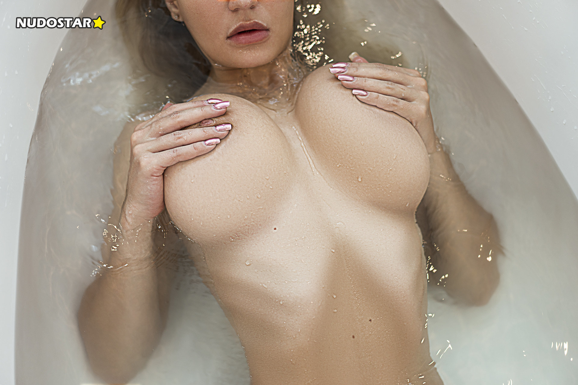 Candy Grettel OnlyFans Nude Leaks (9 Photos)